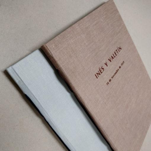 Libro de firmas en tela - Grabado portada
